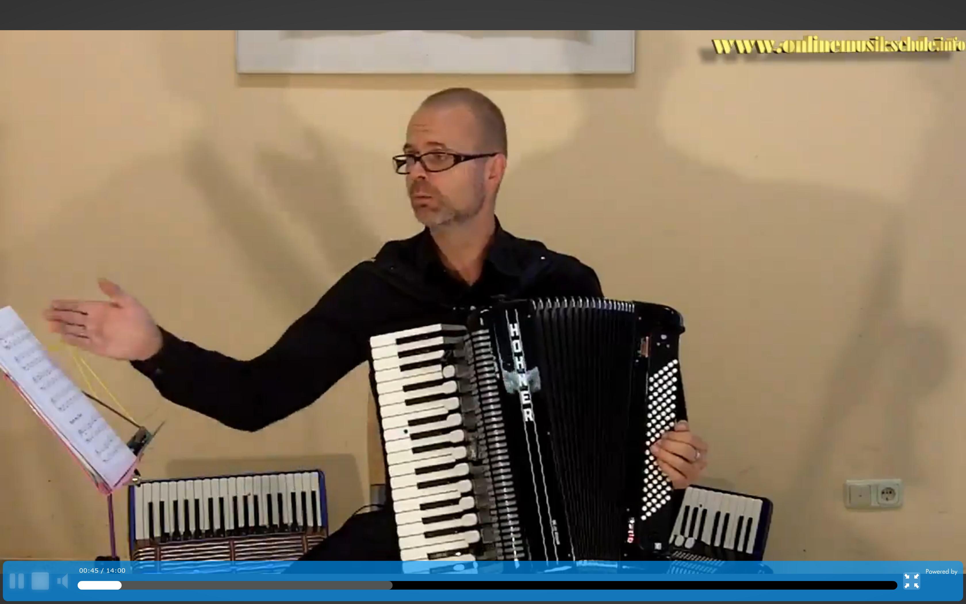 akkordeon lernen onlinemusikschule kurs 1